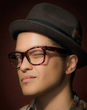 Bruno Mars Rayban Spectacles